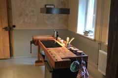 Küchenzeile aus einer alten Werkbank
